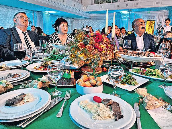 [婚宴新聞] 在哈薩克參加婚宴